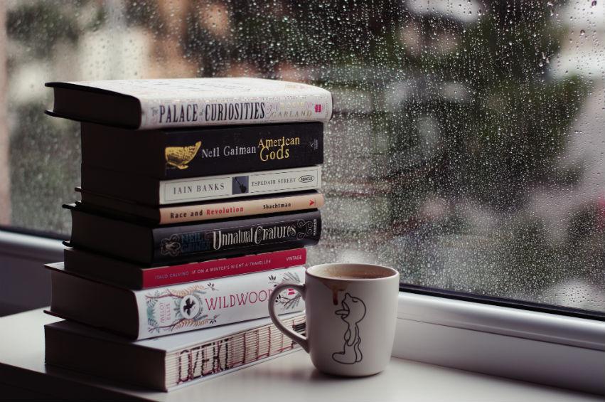 9 cuốn sách hay cho ngày mưa - books to read on rainy days bởi Hà Khuất